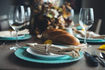 34038_Thanksgiving_table